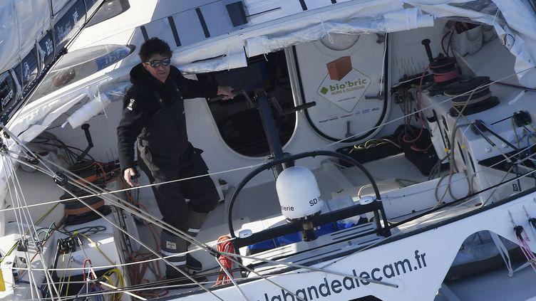 Présent sur le Vendée Globe pour la quatrième fois, Jean Le Cam à l'habitude de passer Noël en mer. (DAMIEN MEYER / AFP)