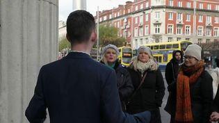 Une association irlandaise a permis à des sans-abris de devenir guide touristique. (FRANCE 2)