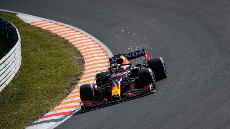 Le Néerlandais Max Verstappen a pris la pole position du GP des Pays-Bas, samedi 4 septembre 2021. (FLORENT GOODEN / DPPI / AFP)