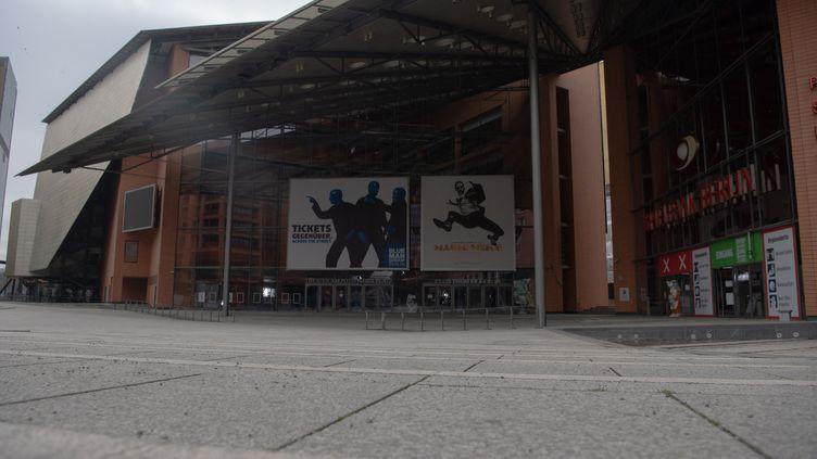 Le palais de la Berlinale, vide pour l'édition de 2021 qui se déroule en ligne (1er mars 2021) (PAUL ZINKEN / DPA-ZENTRALBILD / DPA PICTURE ALLIANCE VIA AFP)