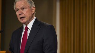 Le ministre américain de la Justice, Jeff Sessions, à Washington (Etats-Unis), le 28 février 2017. (ZACH GIBSON / GETTY IMAGES NORTH AMERICA / AFP)