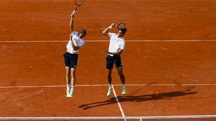 Nicolas Mahut et Pierre-Hugues Herbert forment la paire la plus titrée du tennis français. (FRANK MOLTER / DPA)