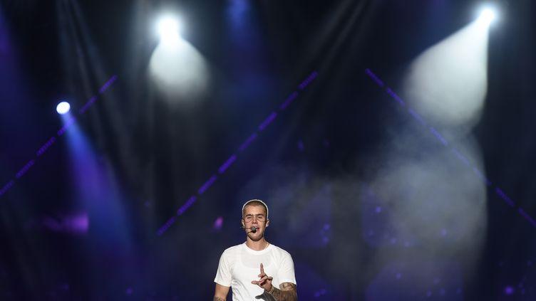 Le chanteur canadien Justin Bieber en concert à Rio de Janeiro (Brésil), le 29 mars 2017. (FABIO TEIXEIRA / ANADOLU AGENCY / AFP)