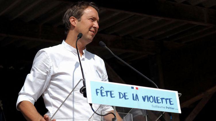 """Le député Les Républicains Guillaume Peltier lors de la """"fête de la violette"""" à La Marolle-en-Sologne (Loir-et-Cher), le 19 septembre 2020. (GUILLAUME SOUVANT / AFP)"""