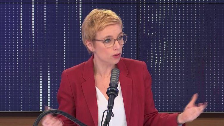 Clémentine Autain, députée La France insoumise de Seine-Saint-Denis, était l'invitée de franceinfo jeudi 11 mars 2021. (FRANCEINFO / RADIO FRANCE)