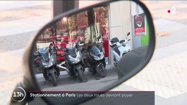 Paris : les deux-roues devront payer pour stationner dès 2022