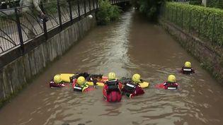 Un lycéen de 17 ans est toujours porté disparu,mardi dans la soirée,après être tombé dans la rivière lundi soir au plus fort de l'orage à Beauvais, dans l'Oise. (CAPTURE ECRAN FRANCE 2)