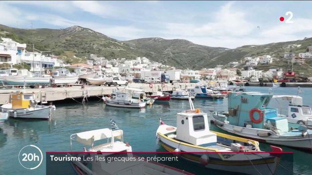 Tourisme : la Grèce mise sur une campagne vaccinale massive sur les îles isolées