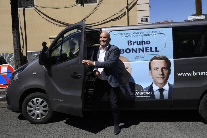 Le député Bruno Bonnell, le 8 juin 2017 à Villeurbanne (Rhône). (PHILIPPE DESMAZES / AFP)