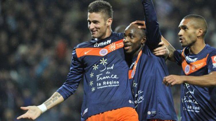 Grâce à un triplé d'Olivier Giroud, Montpellier a dominé Sochaux (1-3) et prend les commandes de la Ligue 1 devant le PSG.
