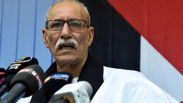 Brahim Ghali, secrétaire général du Polisario et président de la République démocratique arabe sahraouie autoproclamée, le 19 octobre 2017 au camp de réfugiés sahraouis de Rabouni, à 20 km au sud de la ville algérienne de Tindouf. (RYAD KRAMDI / AFP)