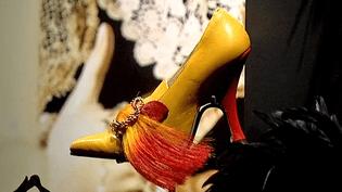 """""""Footprint, la trace des chaussures dans la mode"""" au MoMu d'Anvers jusqu'au 14 février 2016  (France 3 / Culturebox)"""