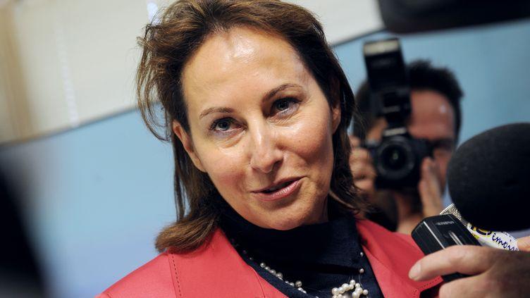 La présidente de la Région Poitou-Charentes, Ségolène Royal (PS), à La Rochelle (Charente-Maritime), le 8 décembre 2011. (XAVIER LEOTY / AFP)