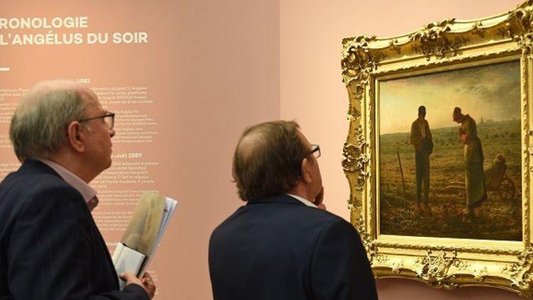 """""""L'Angélus"""" de Jean-François Millet est actuellement exposé dans une grande rétrospective au musée des Beaux-Arts de Lille  (FRANCOIS LO PRESTI / AFP)"""