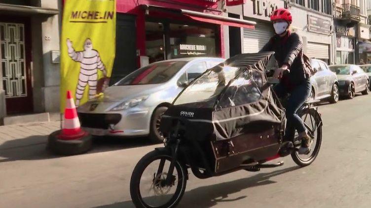 Transport : Bruxelles adopte le vélo-cargo (France 3)