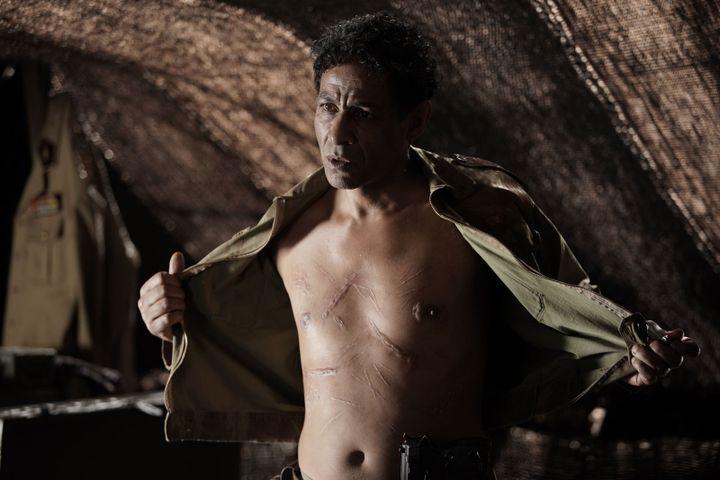 """Hichem Yacoubi dans """"Qu'un sang impur"""" (2020) (MARS FILMS)"""
