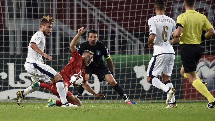 L'Italie de Buffon a failli lâcher des points en Macédoine (DIMITAR DILKOFF / AFP)