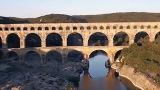 Pont du Gard : les secrets du monument  (FRANCE 2)