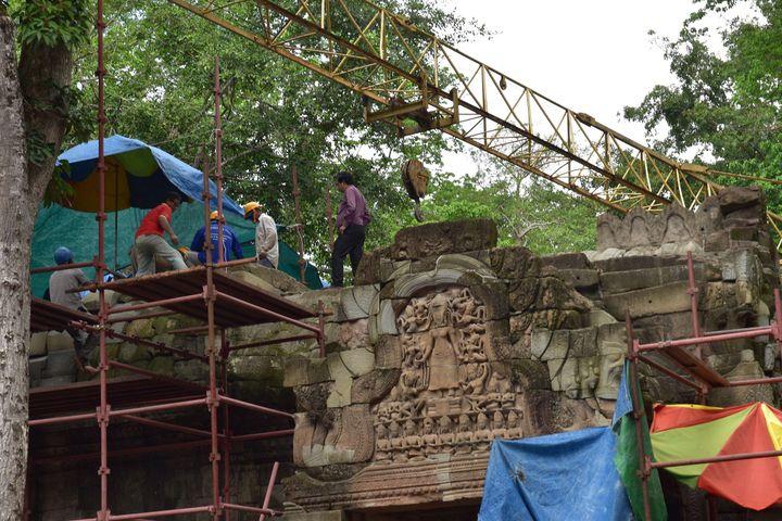 Le temple de Ta Prohm en restauration  (Lee Yi-Lok/NEWSCOM/SIPA)