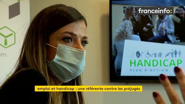 Dans le Morbihan, Alexandra atteinte d'une maladie génétique et référente handicap au sien de son entreprise