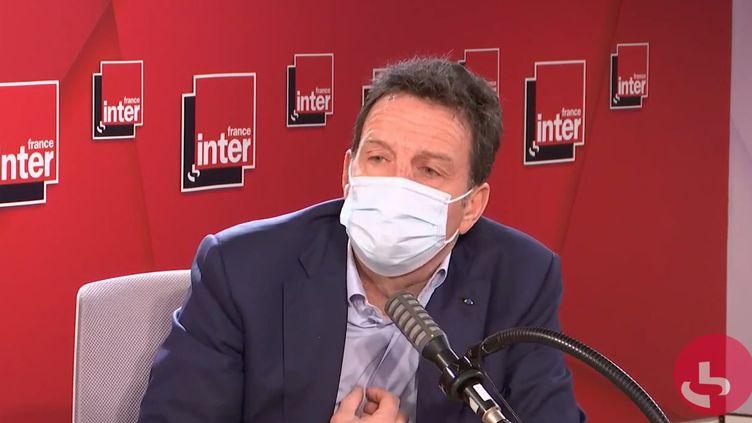 Geoffroy Roux de Bézieux, le président du Medef, sur France Inter, le 11 février 2021. (FRANCEINTER / RADIO FRANCE)