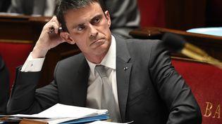 Le Premier ministre Manuel Valls à l'Assemblée nationale à Paris le 1er avril 2015. (ERIC FEFERBERG / AFP)