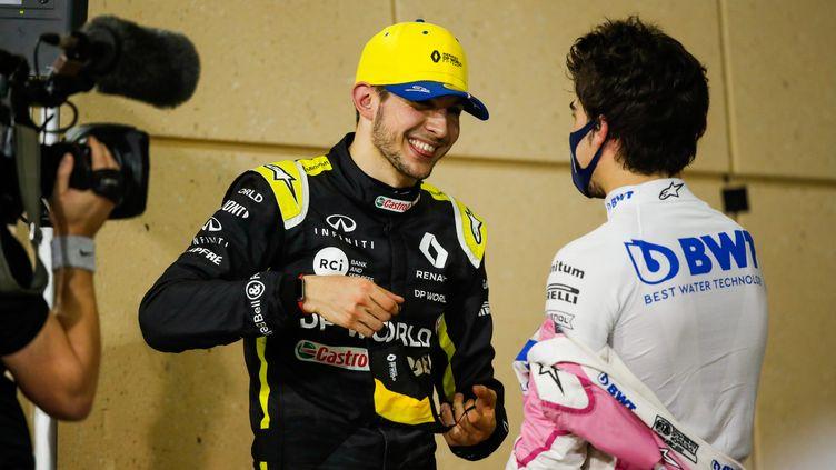 Le Français Esteban Ocon, heureux avec sa 2e place au GP de Sakhir (FLORENT GOODEN / DPPI)
