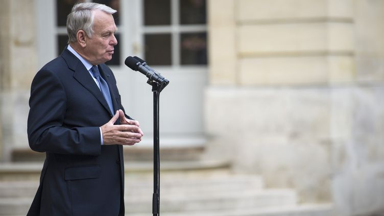 Jean-Marc Ayrault, à Matignon (Paris), le 25 juin 2013. (FRED DUFOUR / AFP)