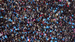 #LE COMPTAGESi l'on s'est opposé à coup de slogans, la bagarre était rude du côté du nombre de manifestants. Le million annoncé par Frigide Barjot lors de la manif emblématique du 13 janvier 2013 s'est finalement transformée en 340 000 personnes après moultes recomptages et un communiqué de presse inédit de la Préfecture de police de Paris. (MIGUEL MEDINA / AFP)