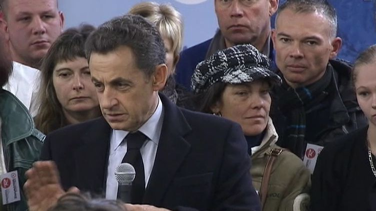 """Nicolas Sarkozy était àSallanches (Haute-Savoie), le 13 décembre 2011, pour défendrele """"produire en France"""". (FTVi)"""