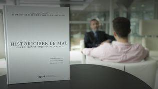 """""""MeinKampf""""va être réédité en France par Fayard, (Capture d'écran Franceinfo)"""