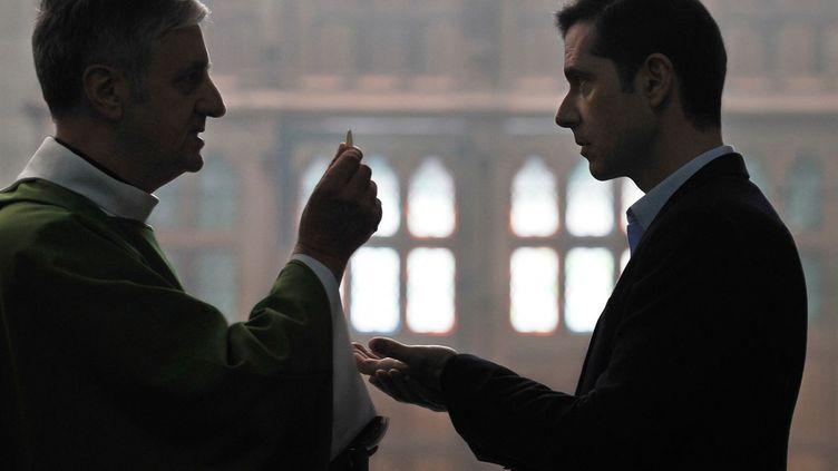 """Melvil Poupaud (à droite) dans """"Grâce à Dieu"""" de François Ozon. (MARS FILMS)"""