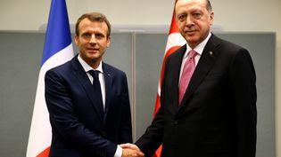 Le président turc Recep Tayyip Erdogan et le président FrançaisEmmanuel Macron, pendant la 72ème session del'Assemblée générale de l'ONU, à New York (Etats-Unis), 19 septembre 2017. (KAYHAN OZER / ANADOLU AGENCY / AFP)