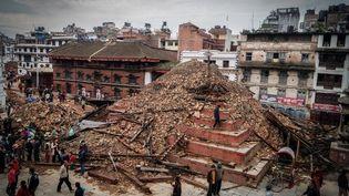Les dégâts le 27 avril 2015,après le tremblement de terre à Katmandou (Népal). (SUNIL PRADHAN / NURPHOTO / AFP)