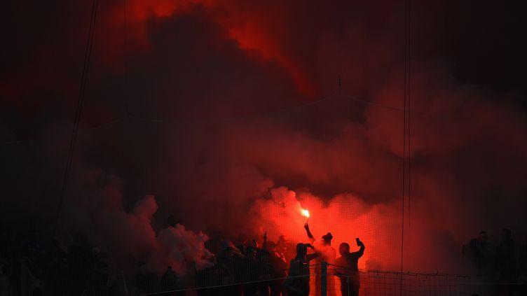 Des supporters de l'OM lors du 120e anniversaire du club en 2019 (SYLVAIN THOMAS / AFP)