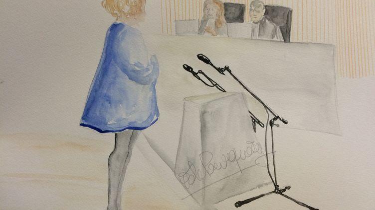 """L'ancienne prostituée """"Laura"""" à la barre du tribunal correctionnel de Lille (Nord) dans l'affaire dite du """"Carlton"""", le 5 février 2015. (ELISABETH DE POURQUERY / FRANCETV INFO)"""