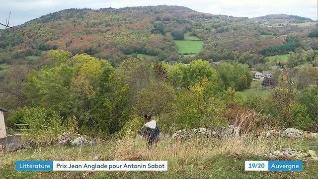 """Depuis ses terres de Haute-Loire, Antonin Sabot publie """"Nous sommes les chardons"""", son premier roman"""