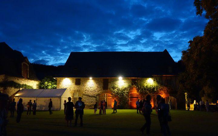 La grange du Saillant, un soir de concert.  (Droits Réservés.)