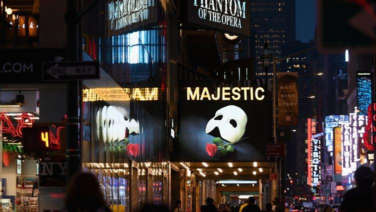 """La comédie musicale """"Le Fantôme de l'Opéra"""" donnée à Broadway, à New York, le 12 mai 2020. (ANGELA WEISS / AFP)"""
