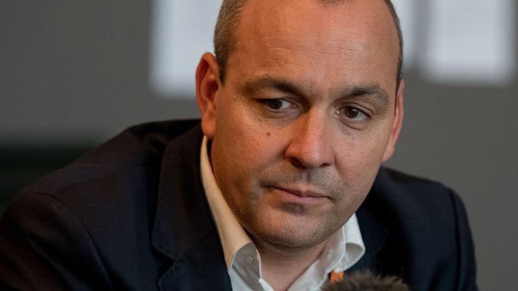 Laurent Berger s'exprime lors d'une conférence de presse, le 6 juin 2018, à Rennes (Ille-et-Vilaine). (ESTELLE RUIZ / CROWDSPARK / AFP)