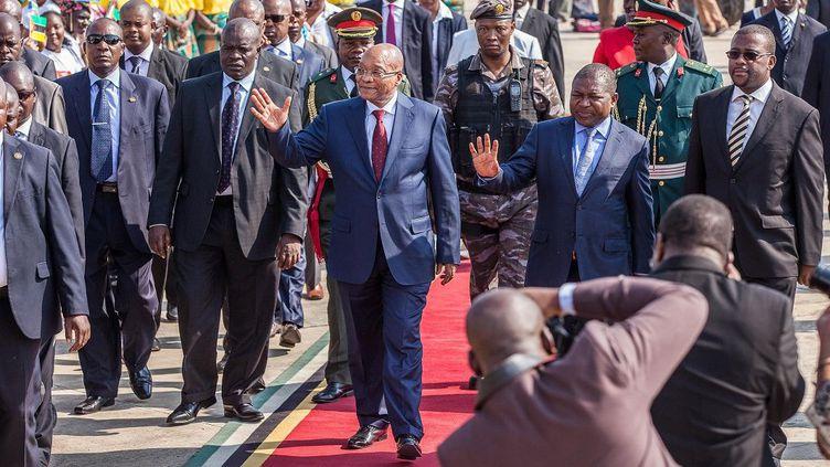 Des journalistes couvrent la visite du président sud-africain à Maputo, le 20 mai 2015. (CHINE NOUVELLE/SIPA)