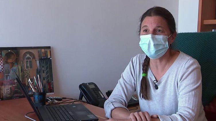 Covid-19 : des soignants refusent toujours de se faire vacciner. (FRANCEINFO)
