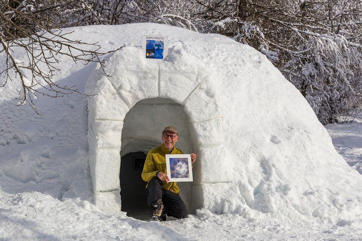 Bertrand Bodin devant l'igloo galerie photo (BERTRAND BODIN)