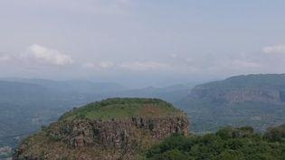 Rendez-vous en Guinée pour découvrir la région du Fouta-Djalon, réputée pour ses cascades extraordinaires. (France 2)