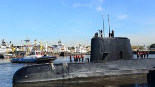 """Le sous-marin argentin """"San Juan""""porté disparu depuis six jours avec 44 marins à son bord, le 18 novembre 2014. (HANDOUT / ARGENTINE NAVY)"""