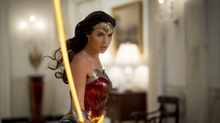 L'actrice israelienne Gal Gadot dans le rôle de Wonder Woman. (Copyright 2020 Warner Bros / Entertainment Inc. All Rights Reserved. / Clay Enos/ ™ & © DC Comics/ Allociné)