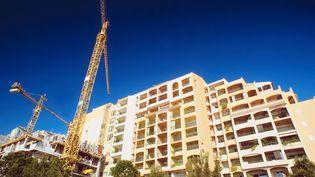 Selon les statistiques du ministère du Logement, en 2013, les mises en chantier de logements neufs en France ont diminué de 5,5% sur un an. (PHOTOS.COM / AFP)