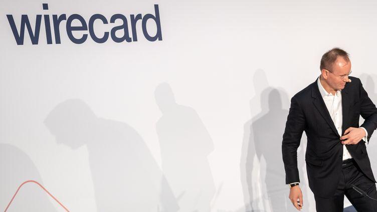 L'ex-PDG de Wirecard, Markus Braun, lors d'une conférence de presse en avril 2019 à Aschheim (Allemagne). (PETER KNEFFEL / DPA)