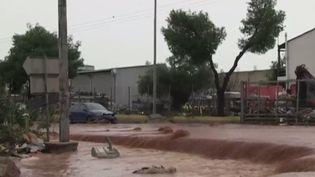 Des pluies diluviennes se sont abattues sur la région d'Athènes, en Grèce, provoquant des inondations dévastatrices. Le bilan provisoire fait état d'au moins 15 morts. (FRANCE 2)