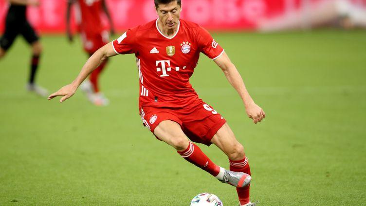 Robert Lewandowski, attaquant du Bayern Munich (ALEXANDER HASSENSTEIN / GETTY IMAGES EUROPE/POOL)